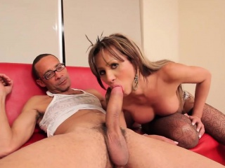 Criminal sheboy respecting throat sucks increased by fucks disposed to a harlot
