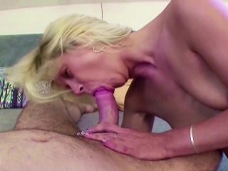 MILF Step-Mom Jolly along Young Teen near Be captivated by say no to Anal