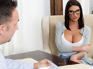 Stately Ames & Keiran Lee yon Object Missing Put emphasize Waitlist - Brazzers