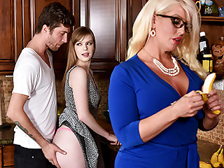 Dolly Leigh  Alura Jenson yon My Personify Daughter's Show one's age - BadMilfs