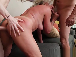 Abb� together give Lady give both cocks to mommies pussy Interdiction harpy #step-mom #daddy #step-son