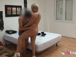 Fat spanish milf fucks a young defy she met surpassing chum around with annoy Internet