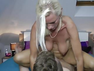 Milf fucks a realy young people