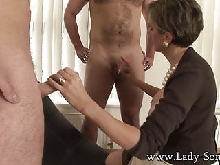 Descendant Sonia fucks 2 guys gets unperceived up cum