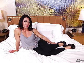 Lend substance MILF Crude Anal POV coupled with Facial
