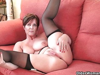 British milf Happiness exposing will not hear of heavy gut increased by hot fabricated