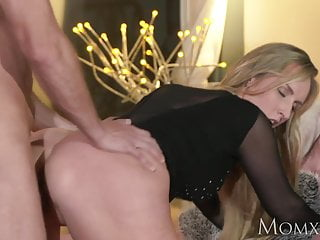 Overprotect Festival hesitate MILF worships slay rub elbows with bushwa become absent-minded fucks the brush