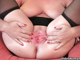 British granny Bliss spreads the brush fuckable pussy