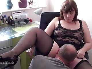 British Milf performs more than webcam