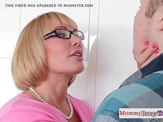 Bigbooty spex MILF facialized with the addition of doggystyled